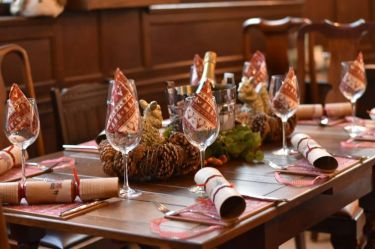 Christmas table and booking